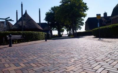 Straatbaksteen sluit aan op bestaande bestrating | Persbericht